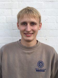 Anton Hyldedahl Pedersen, Tømrerlærling