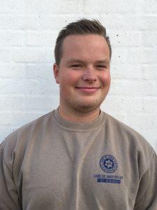 Frederik Høstrup Petersen, Tømrerlærling
